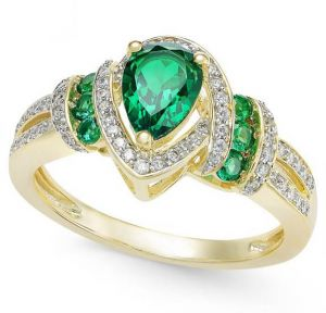 14K Yellow Gold Emerald and 1/4 CT. T.W. Diamond Ring